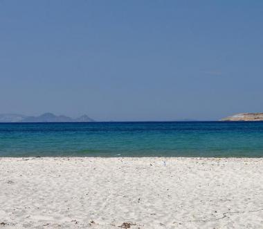 Ostrov Kos s pláží Tigaki